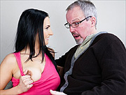 Older guy fucks raven haired babe