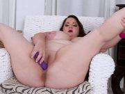 Busty BBW Danica Danali loves pretty underwear