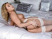 British Babestation Milf Natalia Forrest plays with her pussy