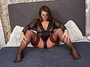 Busty mature babe Zora toying her juicy pussy