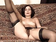 Classic 1970s babes show pussy