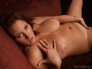 Busty Curvy Babe Brooke Max shows her big titties