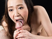 japanese Nao Isaka suck two cocks
