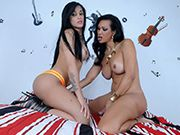 Hot Brazilian Jhoany & Bruna give each other blowjobs before they fuck together