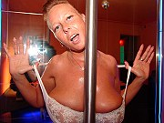 Bigtits mature plumper getting nasty and posing around stripdance pole