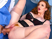 Hot milf gets her mouth and pussy drilled by her dentist
