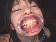 Weird deep irrumatio session with a dental appliance