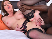 Holly Kiss in stockings skips on a black dick