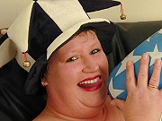 Naughty fat mature slut getting nasty and playing an inflatable bat