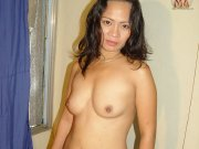 Sexy amateur Filipino housewife doing porn have hardcore sex