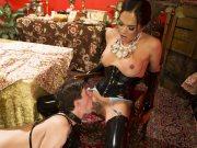Jessica Fox ts dom lady having sex cock fun with latex sub Tony
