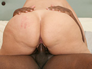 MILF Dawn Marie Facesits and Then Fuck Big Black Cock