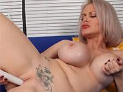 Bigboobs milf blonde Casca Akashova toying on sofa