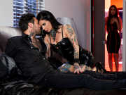 Tattooed MILF Joanna Angel and Small Hands aren't alone