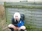 Blonde amateur pissing and public peeing of exhibitionist babe Little Miss Chaos