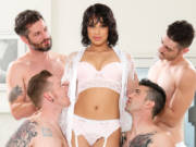 Beauty Diamond Banks is gifted with four men
