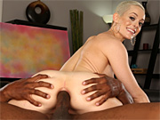 Sexy artist Sidra Sage gets asspounded by her male model